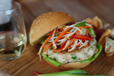 http://www.nataliemaclean.com/blog/wp-content/uploads/2012/06/Shrimp-Lobster-Burger.jpeg
