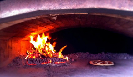 Norm Hardie Pizza Oven