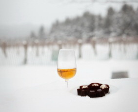 icewine and chocolate small