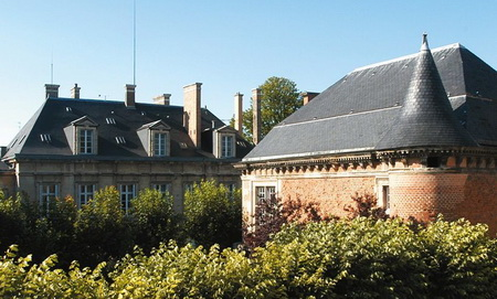 Veuve Clicquot house_heritage-prop_01