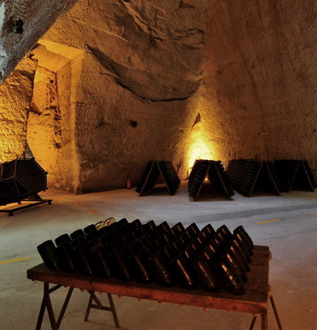 riddling table Veuve Clicquot