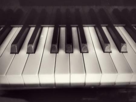 piano keys 7