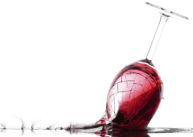 wine glass breaking upside down 630