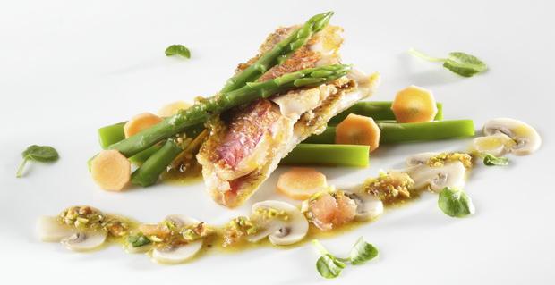 fish red mullet pistachio crust 620
