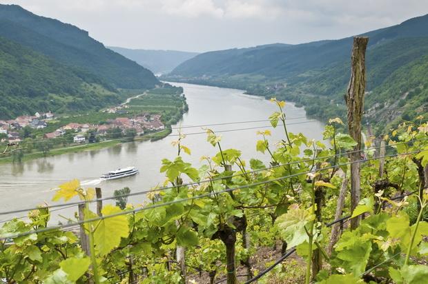 Austria Wachau River xl