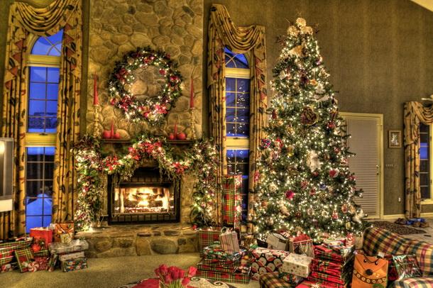 Mullled Wine Blog Christmas Family Room
