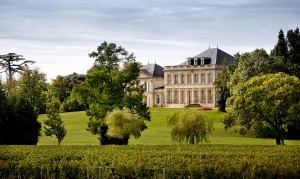Chateau vu de loin (600x358)