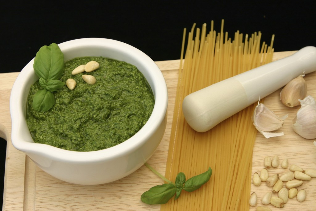 pesto pine nuts xl