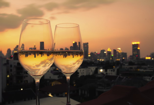 city wine tall glasses 630