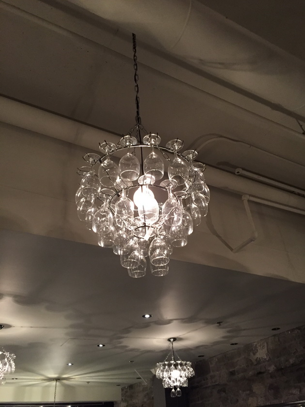 sidedoor-chandeliers